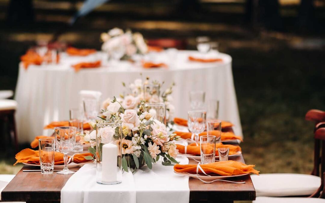 5 reasons to rent tables for your next event